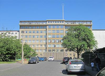 Das Gebäude des ehemaligen Ministeriums für Staatssicherheit im Bezirk Lichtenberg (Foto: plg)